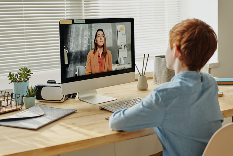 DISTANCE EDUCATION – Digital Tools and Methods for a Flexible and Modern Education